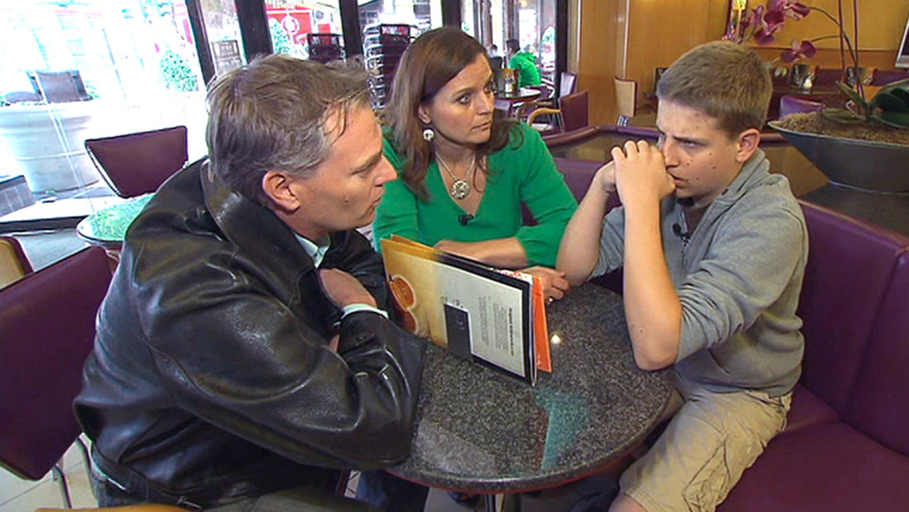 Angeblicher Teenievater verschwindet nach Streit in der Schule