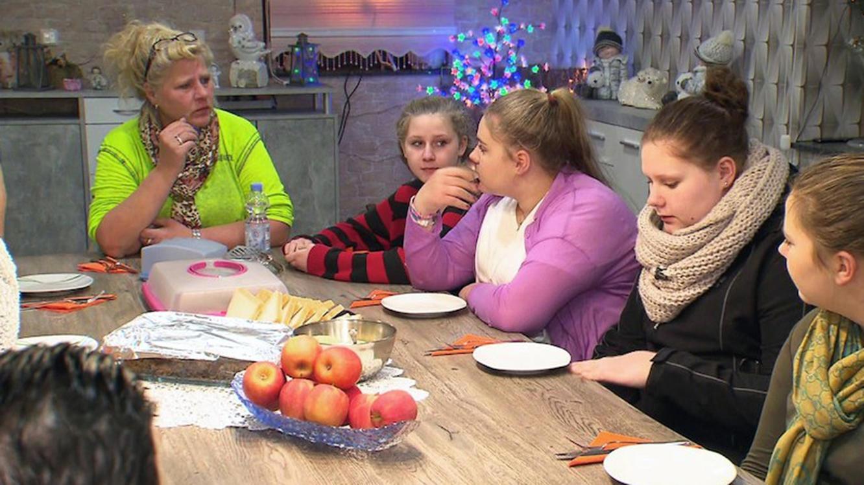 Folge 13 vom 9.09.2021 | Die Wollnys - Eine schrecklich große Familie! | TVNOW