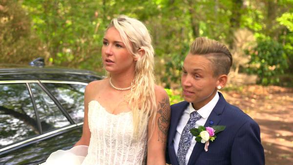 22-Jährige versteckt ihre Braut vor ihrer Mutter