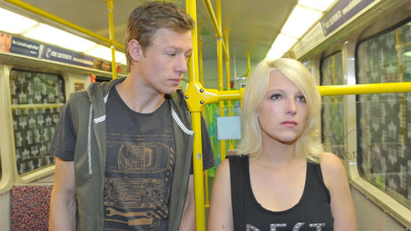 Lilly wendet sich an Vince