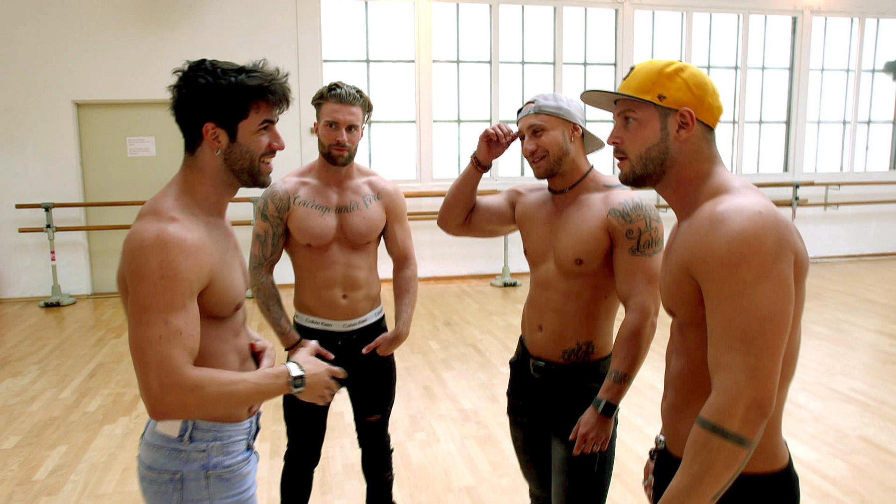 Jungs nackt die wg Jungs WG
