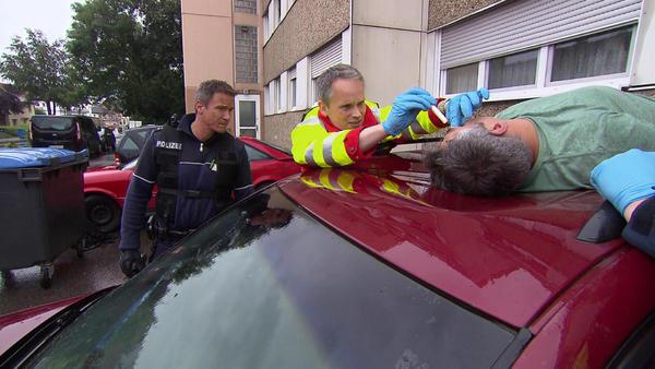 Weg vom Fenster   Zum Schuss gekommen   Entführte Nachbarin   Gefährlicher Hinterhalt