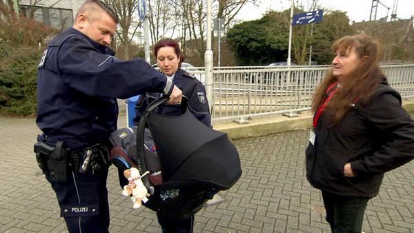 18-Jähriger rächt sich an One-Night-Stand/Baby wird in S-Bahn gefundenin S-Bahn gefunden/Fieser Stra