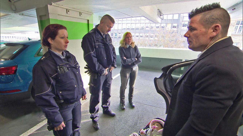 Folge 10 vom 18.02.2021 | Die Straßencops - Jugend im Visier | Staffel 4 | TVNOW