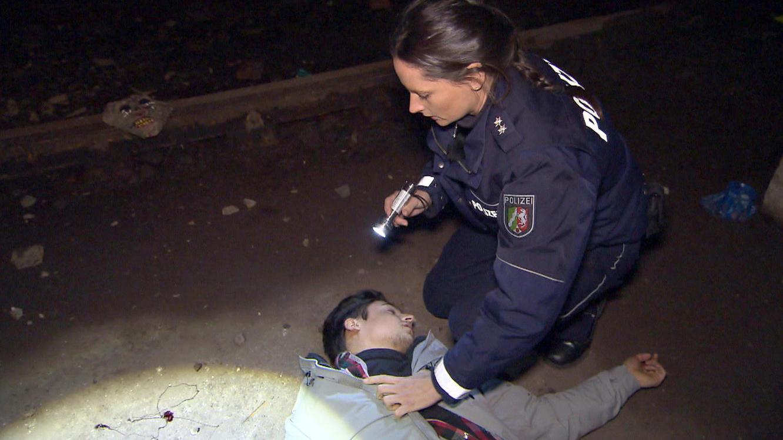 Folge 9 vom 18.02.2021   Die Straßencops - Jugend im Visier   Staffel 4   TVNOW