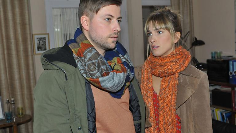 Pia und John auf Ringsuche