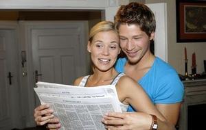 Caroline und Tim suchen eine Wohnung