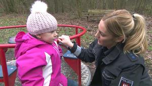 Der Spielplatzspanner | Junge mit Handschellen | Die Notruf-App | Schwangerschaft in Gefahr