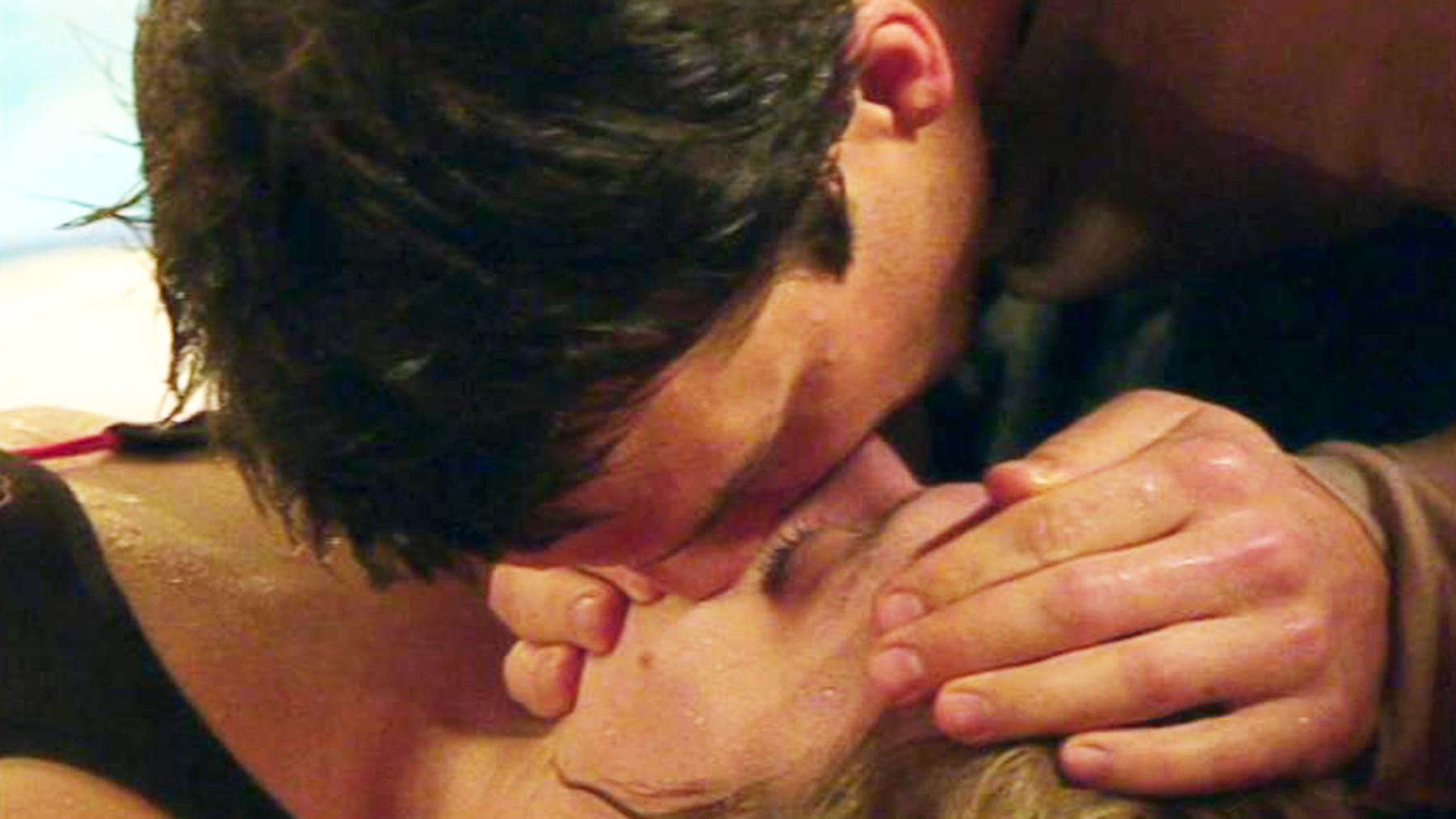 Oliver rettet Lena in letzter Sekunde