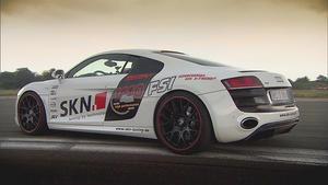 Tuning Extrem: BMW 1er M Coupé vs. Audi R8