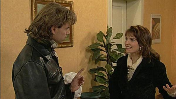 Alexander will Andreas vor Laura retten