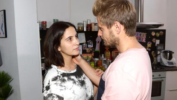 Robert liebt Nina