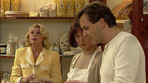 Irene muss beweisen, dass Margot zurechnungsfähig ist. Wird Dr. Neuenried den Weigels helfen?