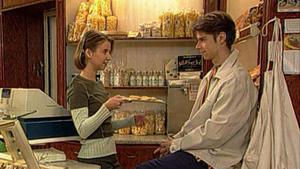 Marc erfährt, dass Antonia und Sandra nach ihm suchen.