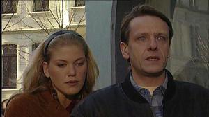Corinna verleugnet ihre Beziehung zu Bröcking