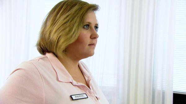 Übergewichtige Arzthelferin will es ihrem Chef zeigen