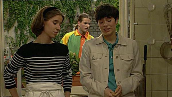 Marc muss fassungslos mitanhören, dass Antonia von Bob schwanger ist