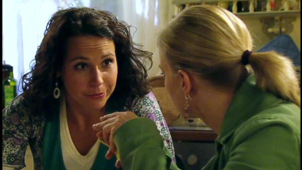 Annette schlägt vor, Lenas Kind zu adoptieren