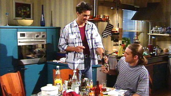 Clemens bietet Tom an, vorübergehend bei ihm zu wohnen