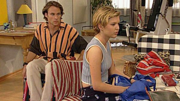 Sven und Jennifer machen Lars schwere Vorwürfe
