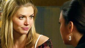 Maximilian will Simone seinen Verrat an ihr beichten