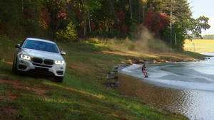 BMW X6 xDrive 50i vs. Wakeboard