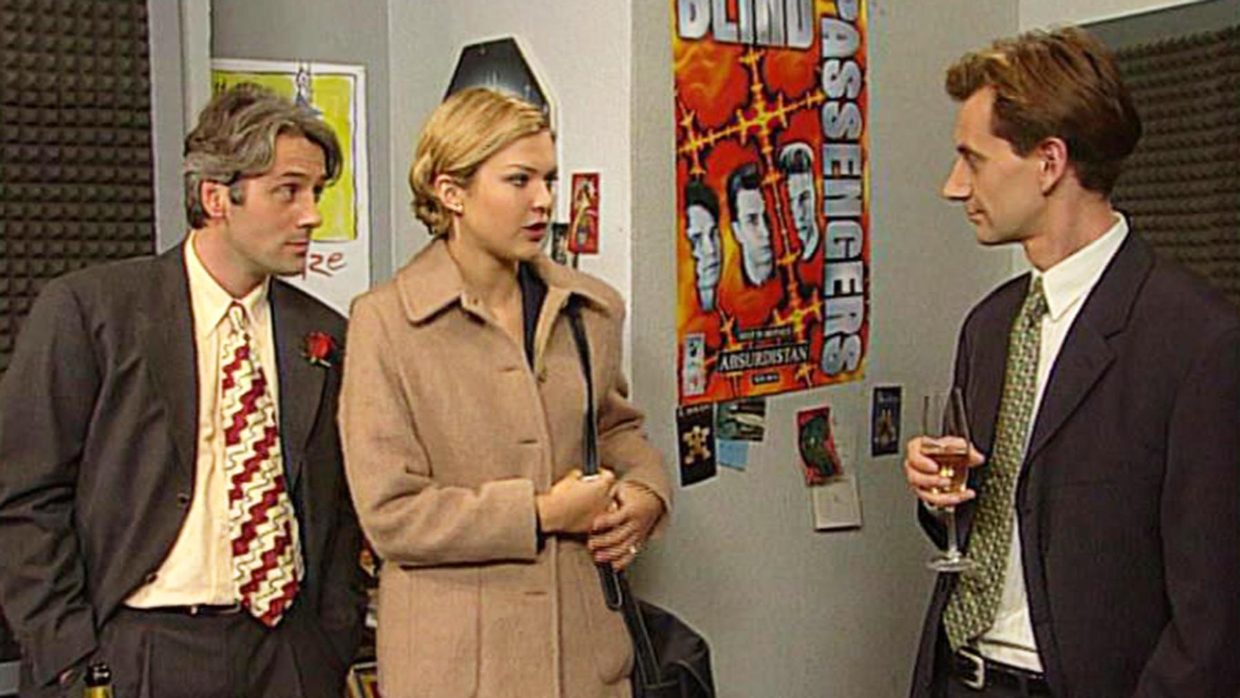 Jennifer erkennt, dass Lona und Sven sie belogen haben. | Folge 504