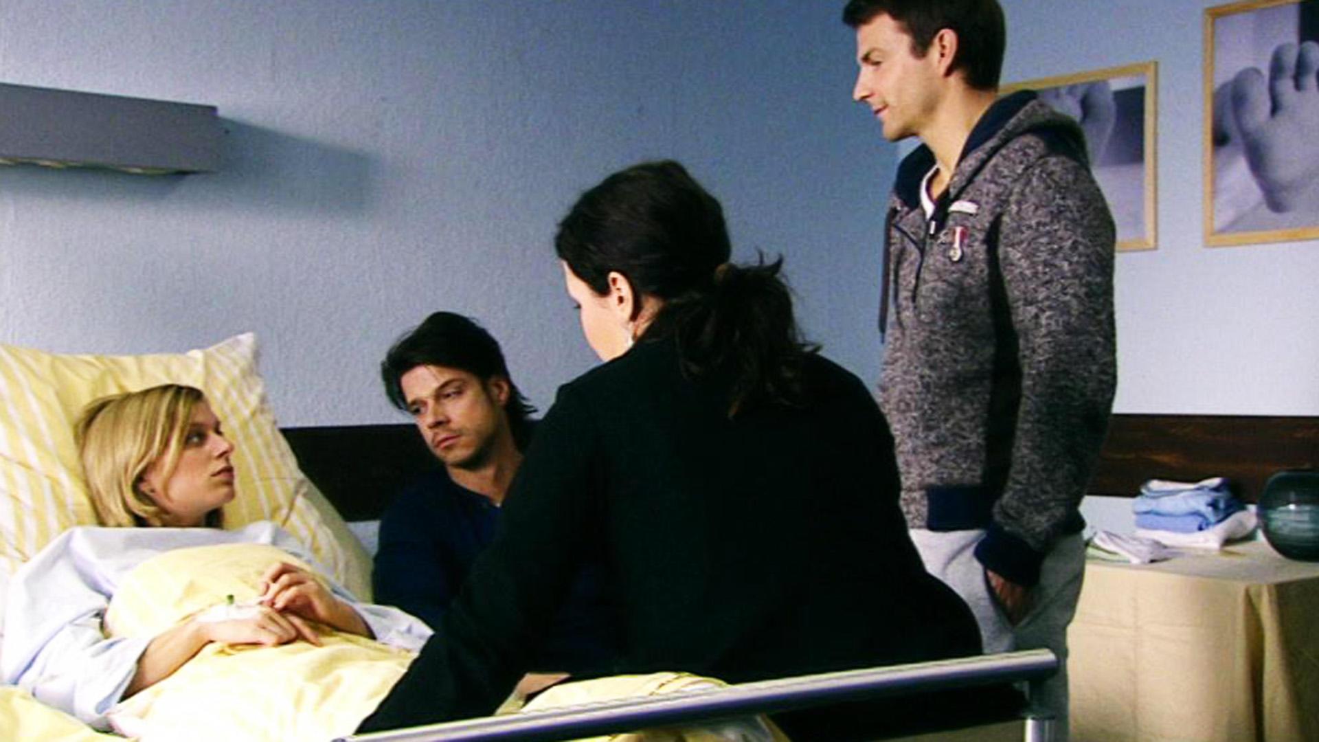 Lena möchte ihr Baby vor Maximilians Zugriff schützen.