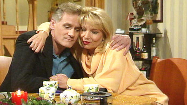 Michael und Claudia wollen zusammen aufs Land ziehen.