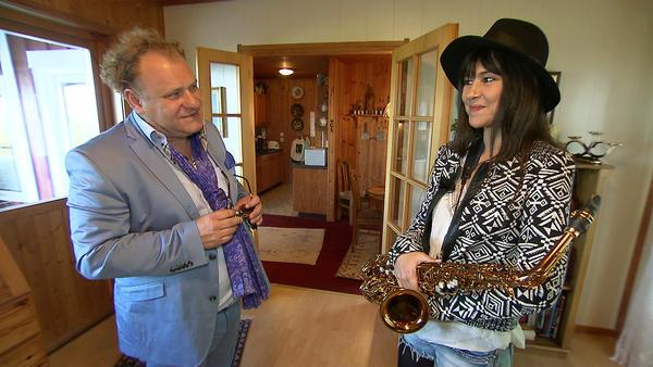 Saxofonistin hat Streit mit den Nachbarn