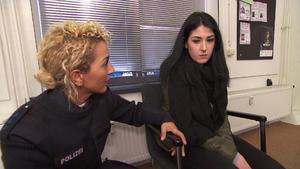 Tante deckt Familiengeheimnis auf | Mit Baby auf der Flucht | Mobbing-Opfer vor der Wache angegriffe