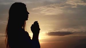 Hilft Beten? Wünschen, Hoffen, Denken