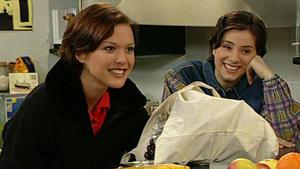 Bernd und Aylin überlegen, ob sie Eltern werden sollen.