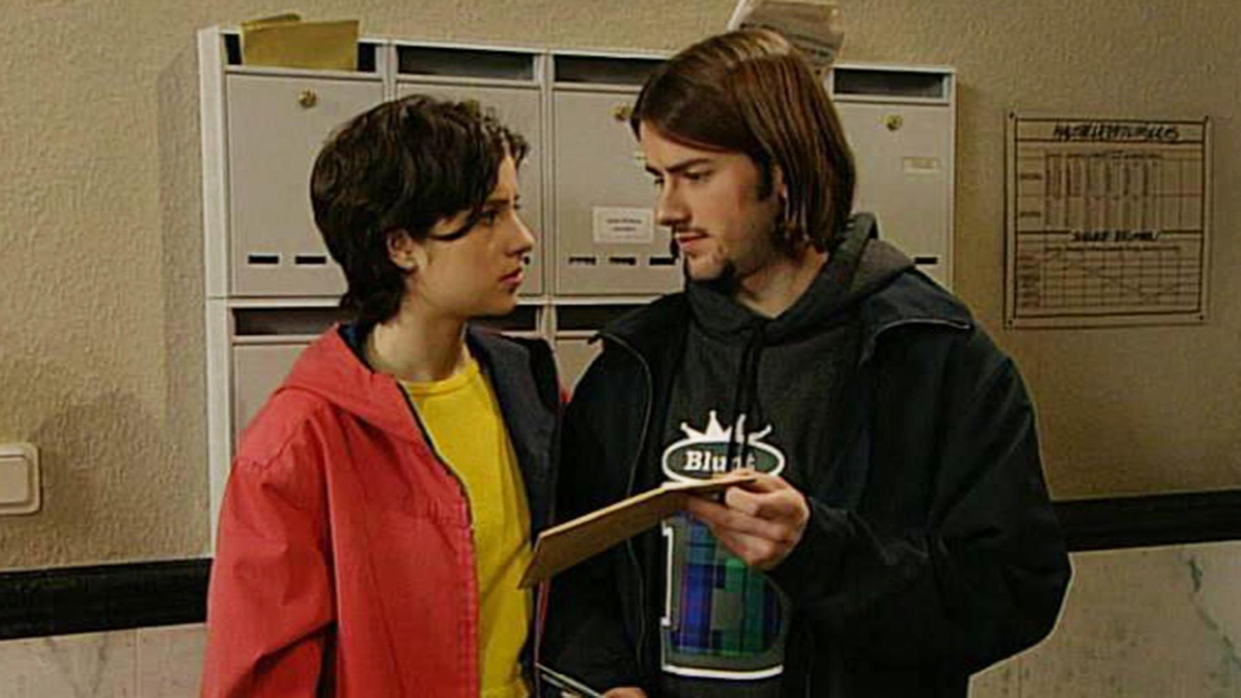 Thomas Bröcking macht Corinna einen Heiratsantrag.