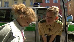 Fünfjährige will bei den Cops wohnen | Sohn soll Sex mit Freundin des Vaters gehabt haben