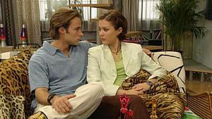 Aylin ist frustriert, weil Marlis Dominik bevorzugt.
