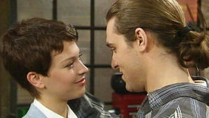 Peter und Tina verbringen eine Liebesnacht zusammen.