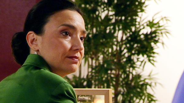 Wird Deniz' Hoffnung auf eine Versöhnung mit Roman enttäuscht?