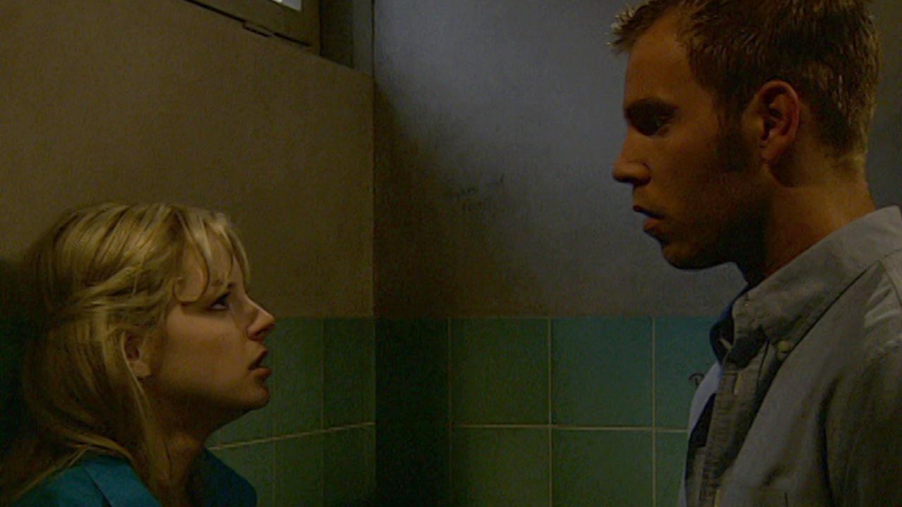 Folge 2886 - Julia betrügt Nico mit ihrem Lehrer!