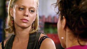 Der Streit zwischen Annette und Lena spitzt sich zu.