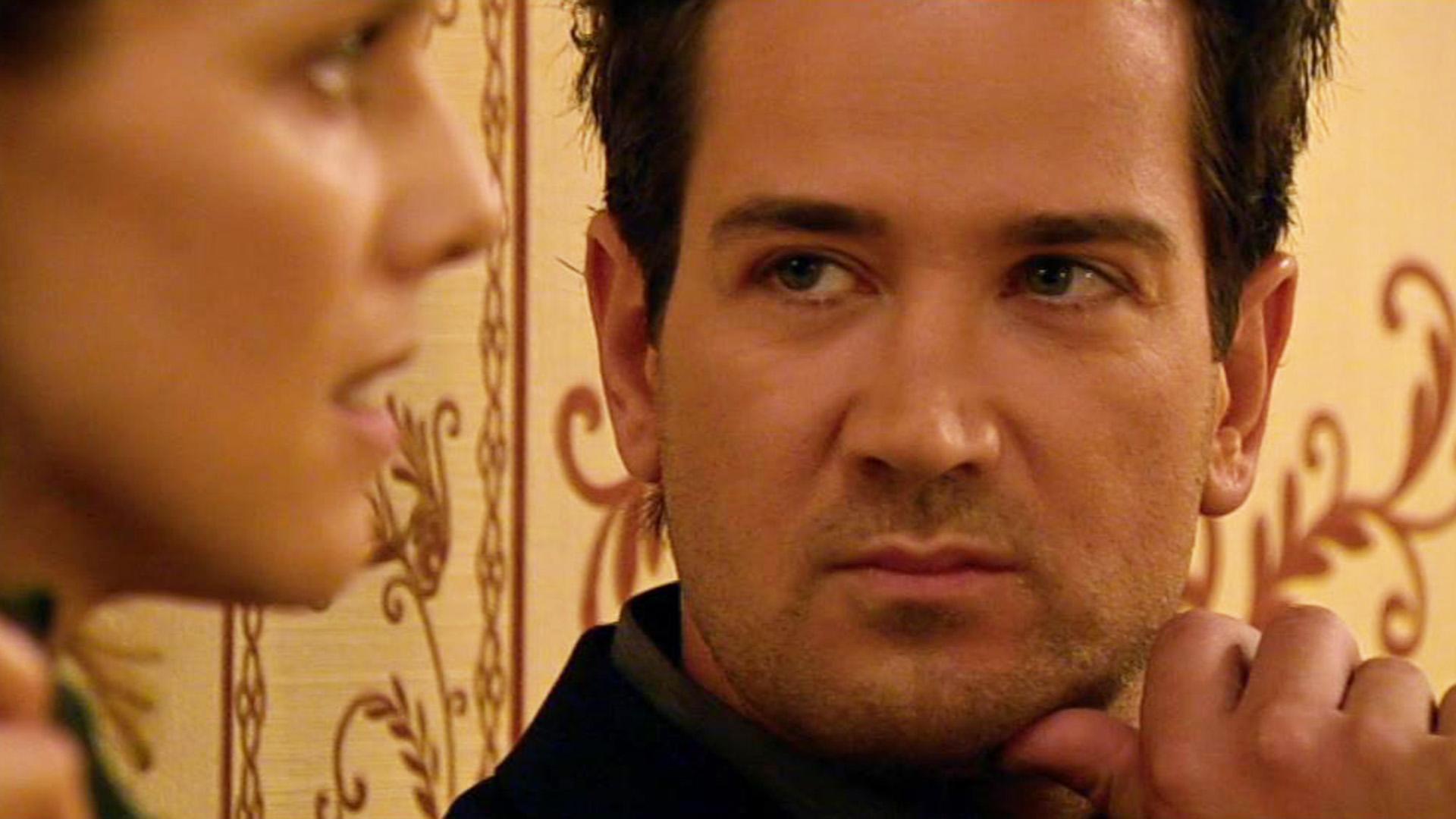 Marian setzt sich bei Simone und Richard für Jenny ein.
