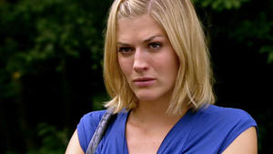 Marian will Jenny aus ihrem Tief herausholen.