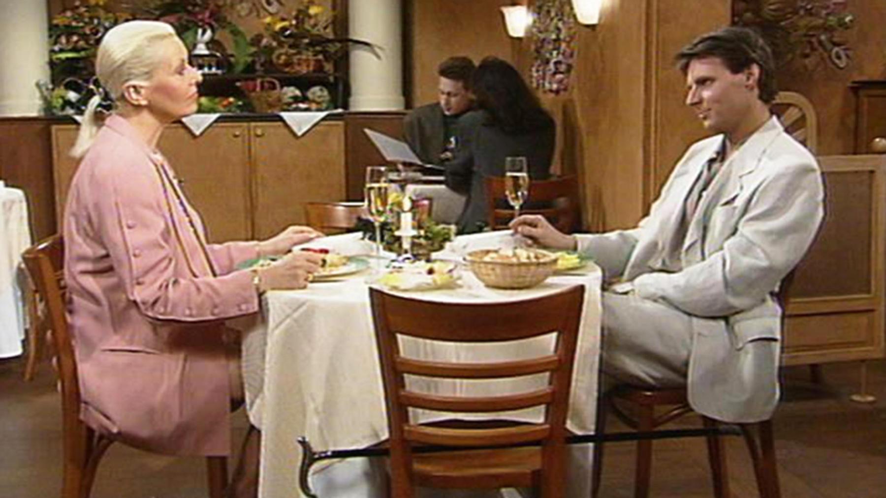 Gerner will verhindern, dass Rebecca bei ihm auszieht.