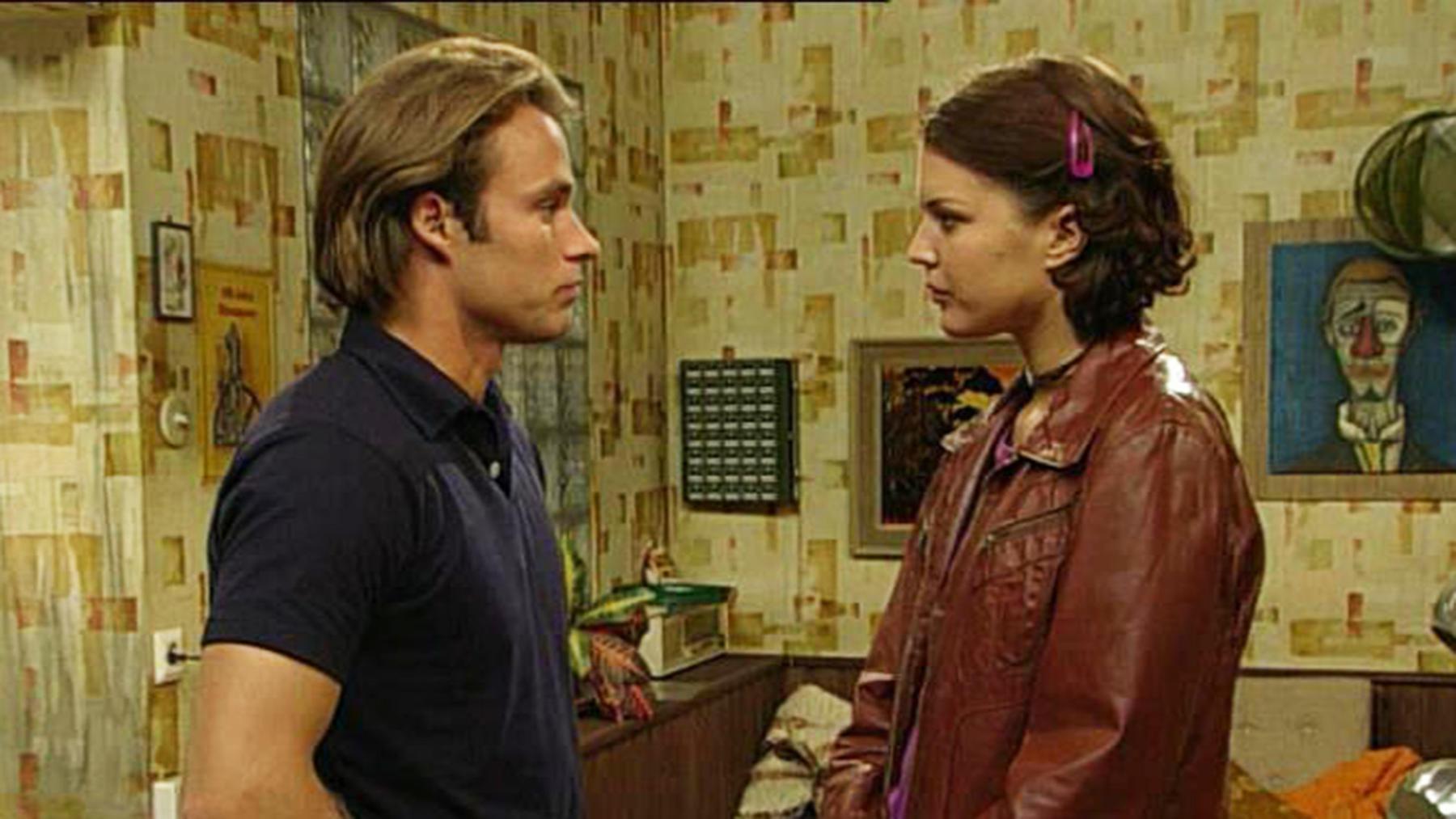 Aylin vermutet, dass Silke ihr Kind entführt hat.