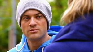 Jenny findet heraus, was Simone gegen Richard vorhat.