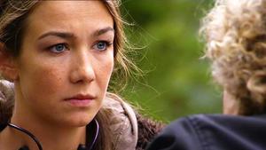 Katja erkennt, dass Annette ihre Halbschwester ist.