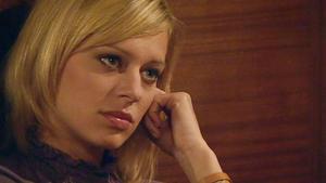 Jenny erfährt, dass Simone in einer Privatklinik ist.