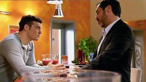 Axel hat Simones Plan gegen Richard entlarvt.