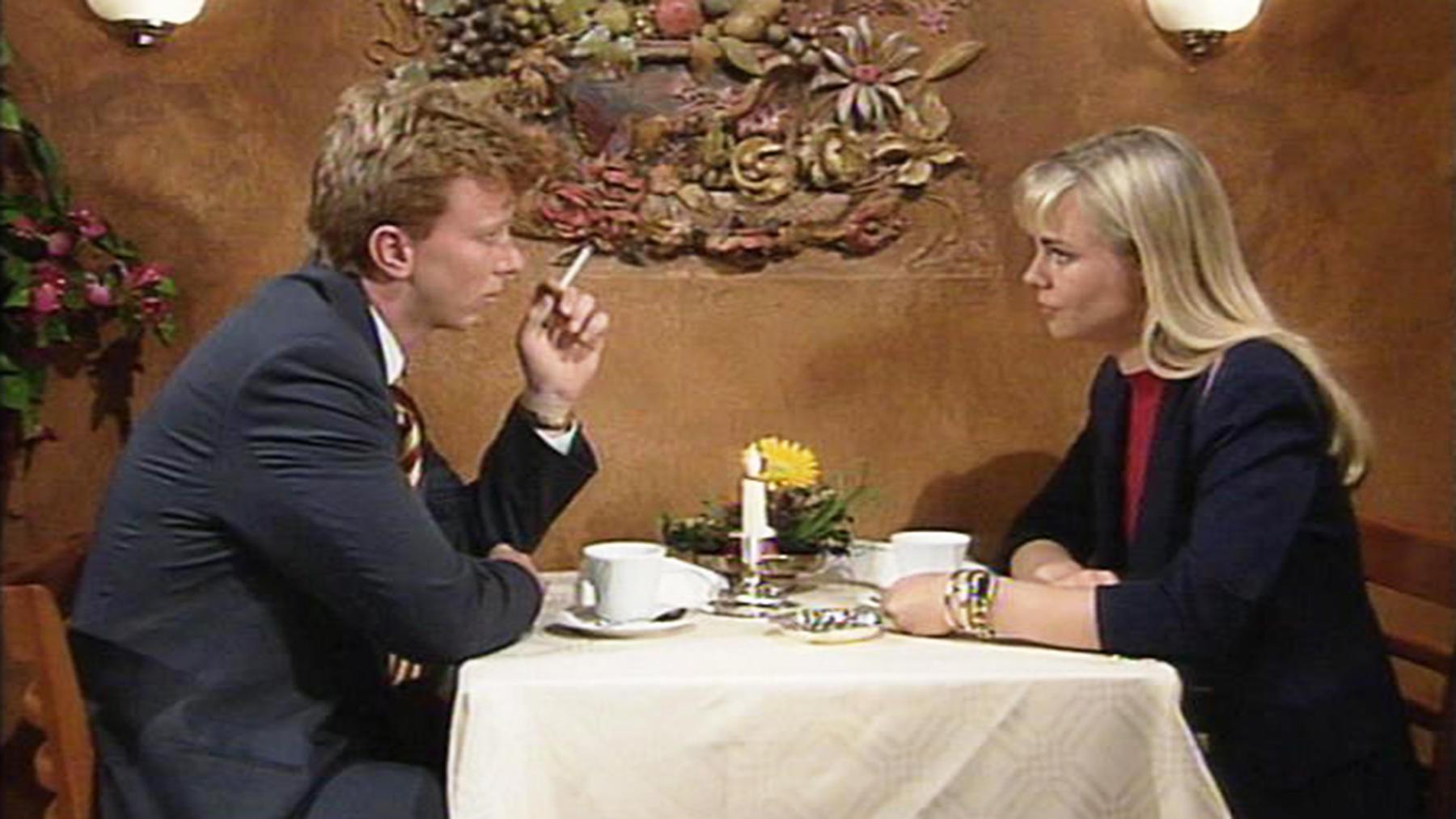 Clemens denkt, Vera habe seinen Geburtstag vergessen. | Folge 798