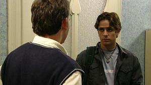 Andreas ist von Sebastian über alle Maßen enttäuscht.